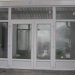 Irodaház műanyag nyílászárói - Bejárati ajtó