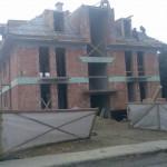 Új építésű családiház nyílászáróinak beépítése Budapest
