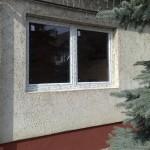 Egyszerű kétszárnyú bukó nyíló műanyag ablak.