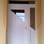 Stílusos műanyag bejárati ajtó